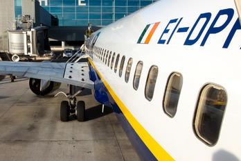 EI-DPH - Ryanair Boeing 737-800