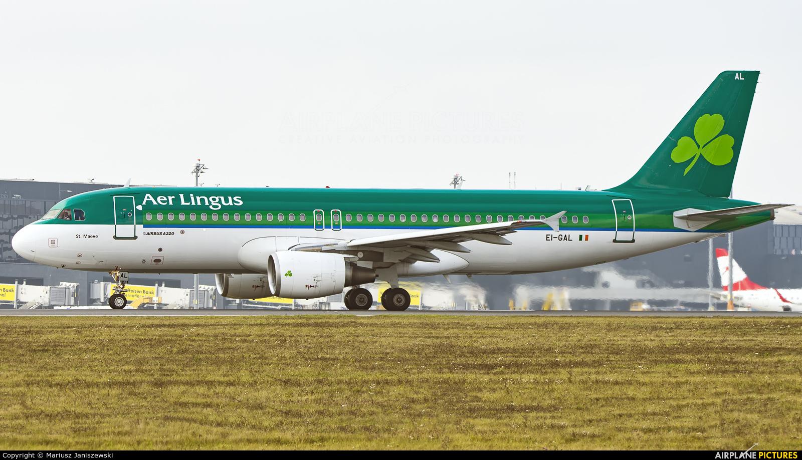 Aer Lingus EI-GAL aircraft at Vienna - Schwechat