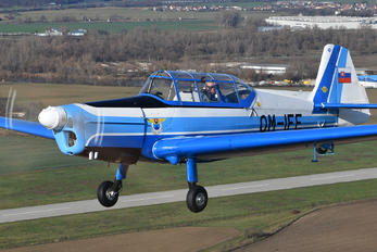 OM-IFE - Aeroklub Trenčín Zlín Aircraft Z-226 (all models)