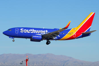 N212WN - Southwest Airlines Boeing 737-700