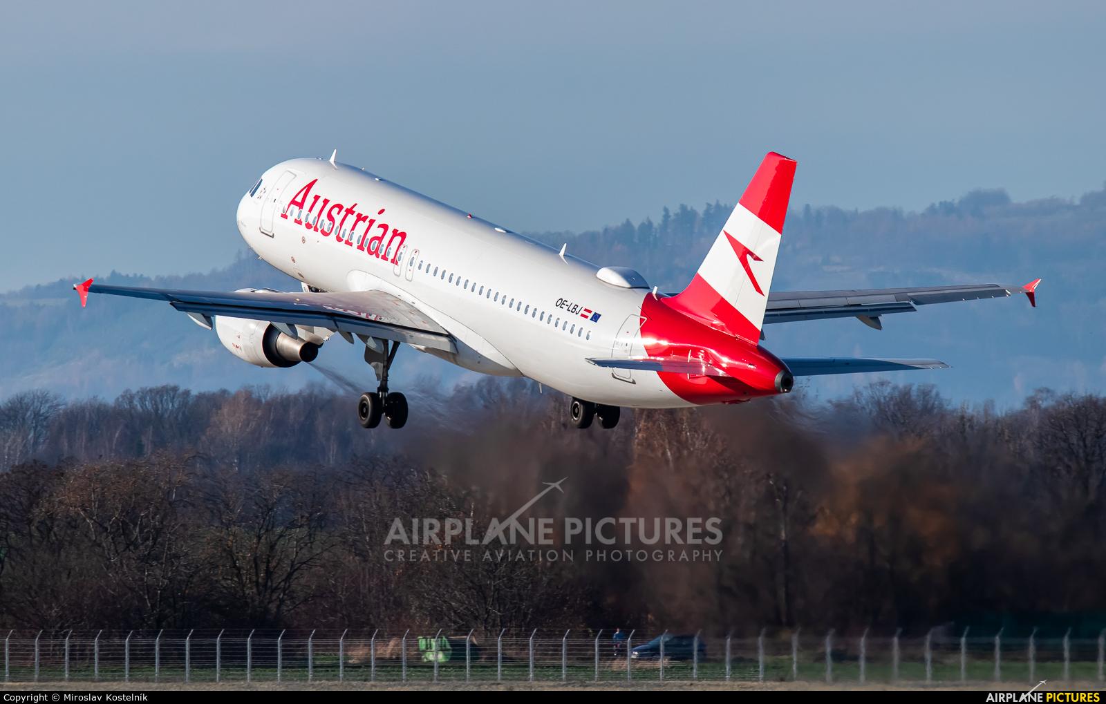 Austrian Airlines/Arrows/Tyrolean OE-LBJ aircraft at Ostrava Mošnov