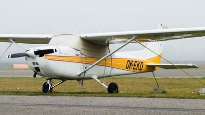 OK-EKD - Private Cessna 172 Skyhawk (all models except RG)