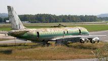 - - Unknown Douglas DC-8 aircraft