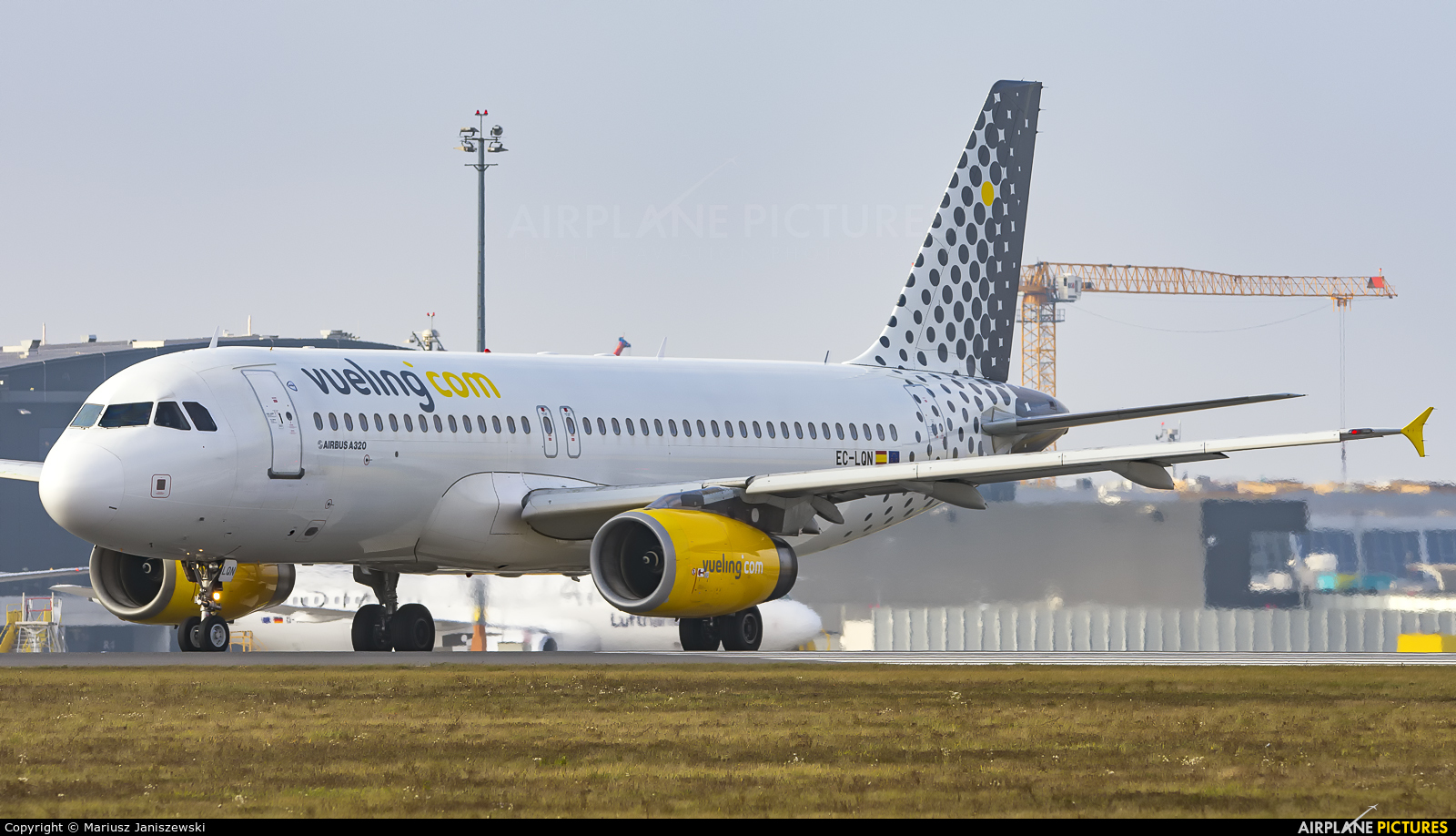 Vueling Airlines EC-LQN aircraft at Vienna - Schwechat