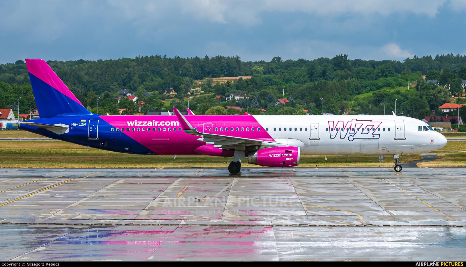 Wizz Air HA-LXM aircraft at Kraków - John Paul II Intl