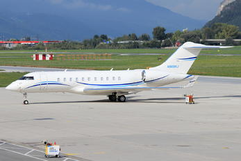 N989RJ - Private Bombardier BD-700 Global 5000