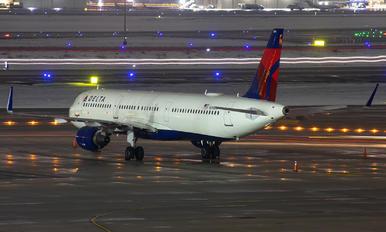 N310DN - Delta Air Lines Airbus A321