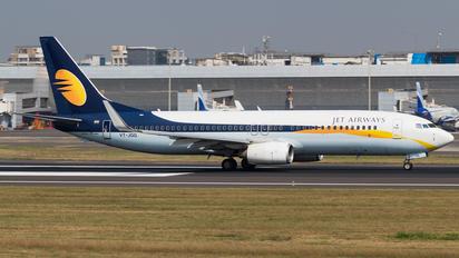 VT-JGG - Jet Airways Boeing 737-800