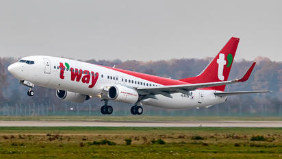 HL8378 - T'Way Air Boeing 737-800
