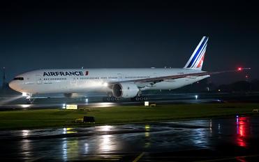 F-GZNO - Air France Boeing 777-300ER