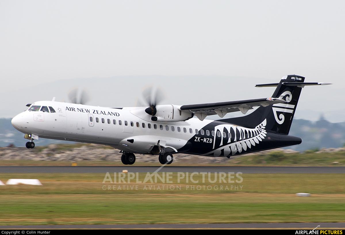 Air New Zealand ZK-MZB aircraft at Tauranga
