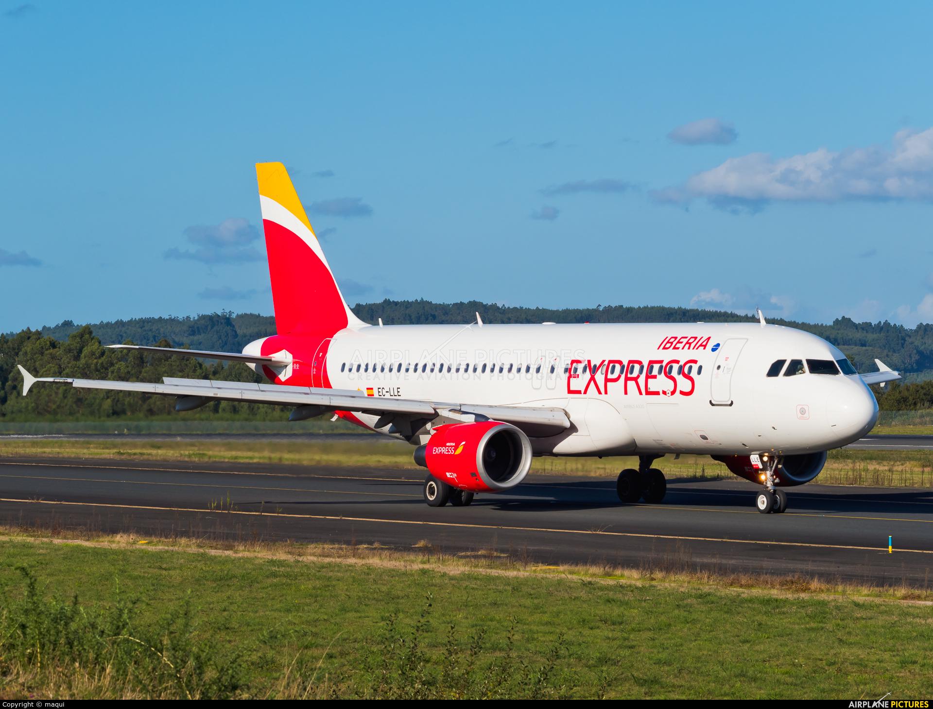 Iberia Express EC-LLE aircraft at Santiago de Compostela