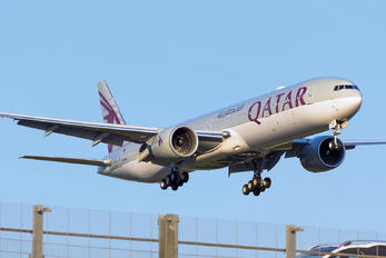 A7-BEN - Qatar Airways Boeing 777-300ER