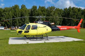 RA-07320 - UTair Eurocopter AS350B3