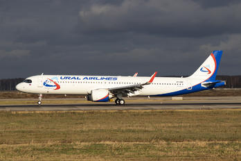 VP-BOP - Ural Airlines Airbus A321 NEO
