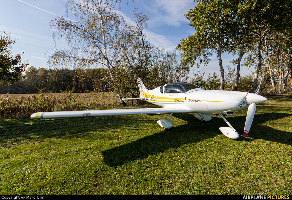 Private OE-CHS aircraft at Punitz-Güssing