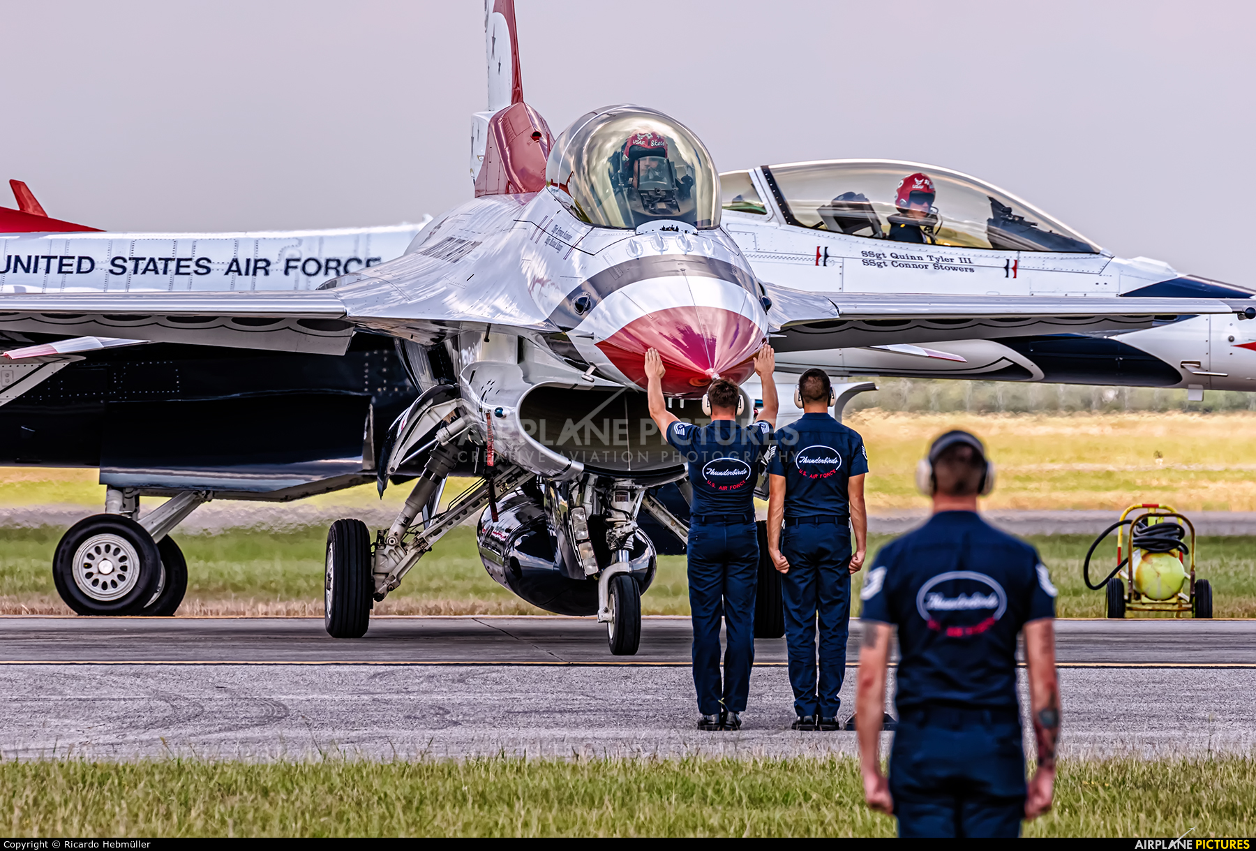 USA - Air Force : Thunderbirds 91-0479 aircraft at Houston - Ellington Field
