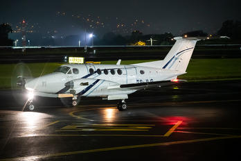 TG-JLG - Private Beechcraft 300 King Air