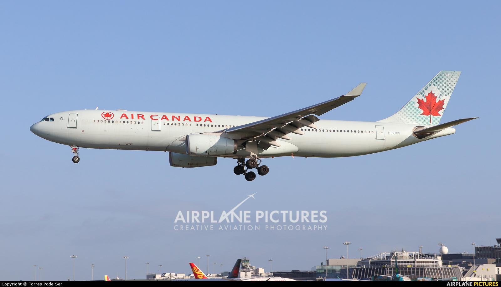 Air Canada C-GHKW aircraft at Dublin