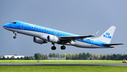 PH-EXE - KLM Cityhopper Embraer ERJ-190 (190-100)