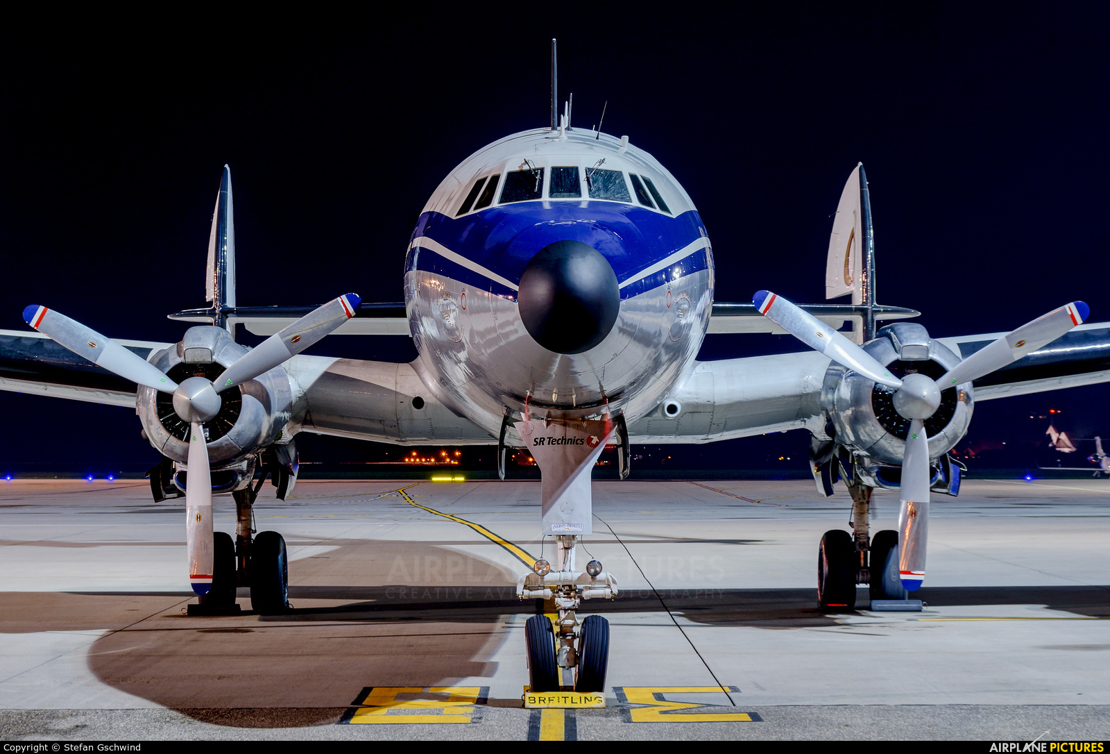 Super Constellation Flyers HB-RSC aircraft at Basel - Mulhouse- Euro