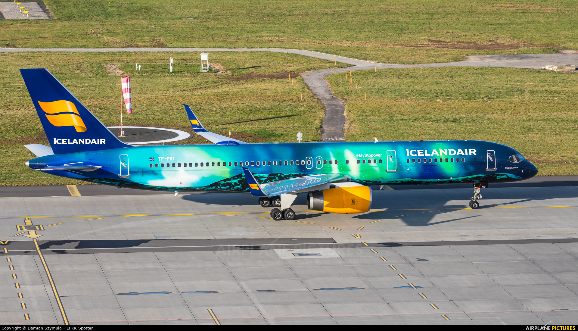 Icelandair TF-FIU aircraft at Kraków - John Paul II Intl