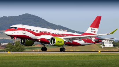 YL-CSL - Air Baltic Airbus A220-300