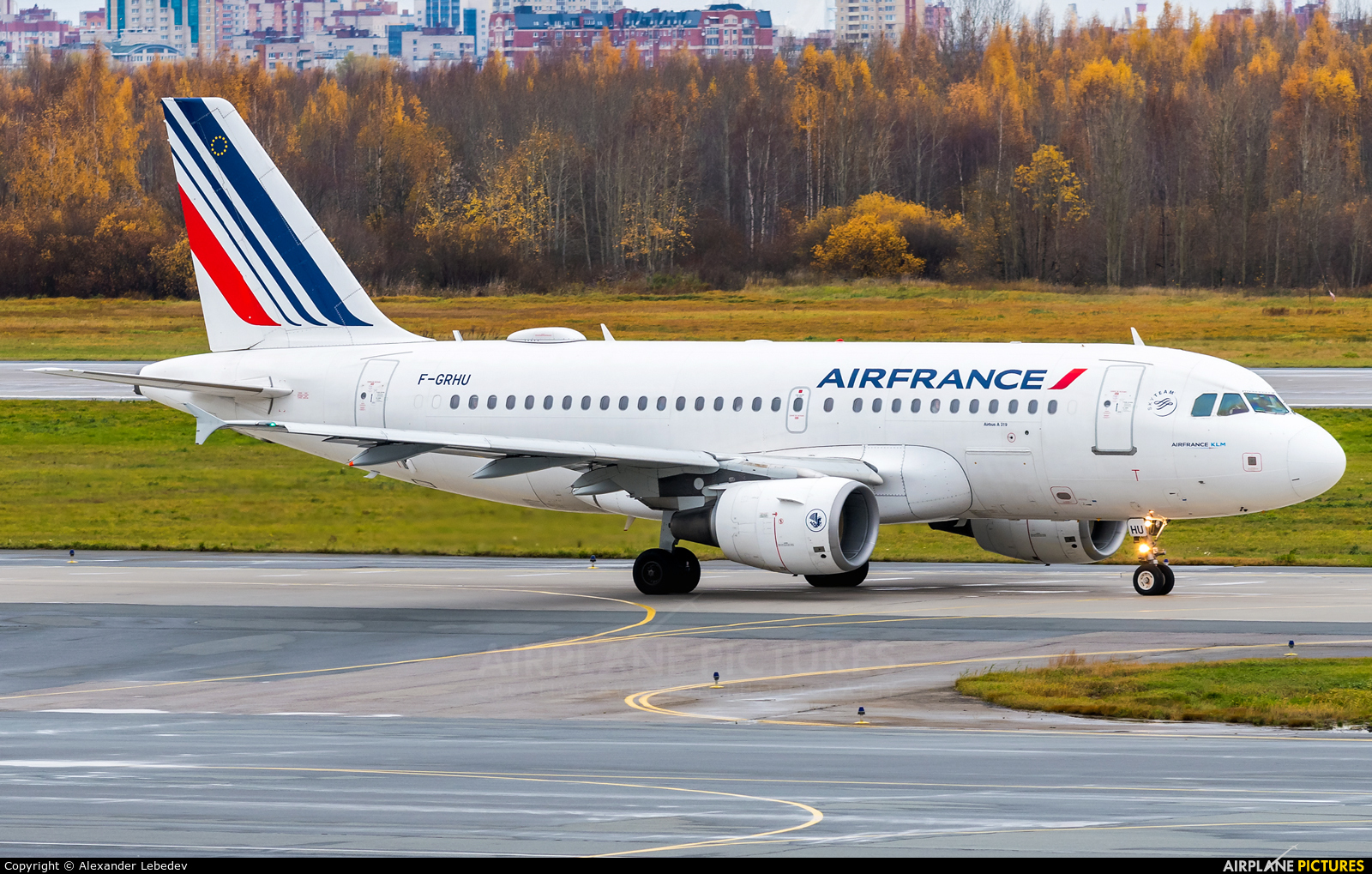 Air France F-GRHU aircraft at St. Petersburg - Pulkovo