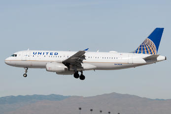 N414UA - United Airlines Airbus A320
