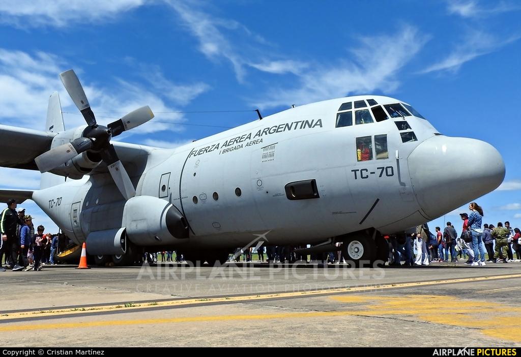 Argentina - Air Force TC-70 aircraft at Reconquista - Daniel Jurkic