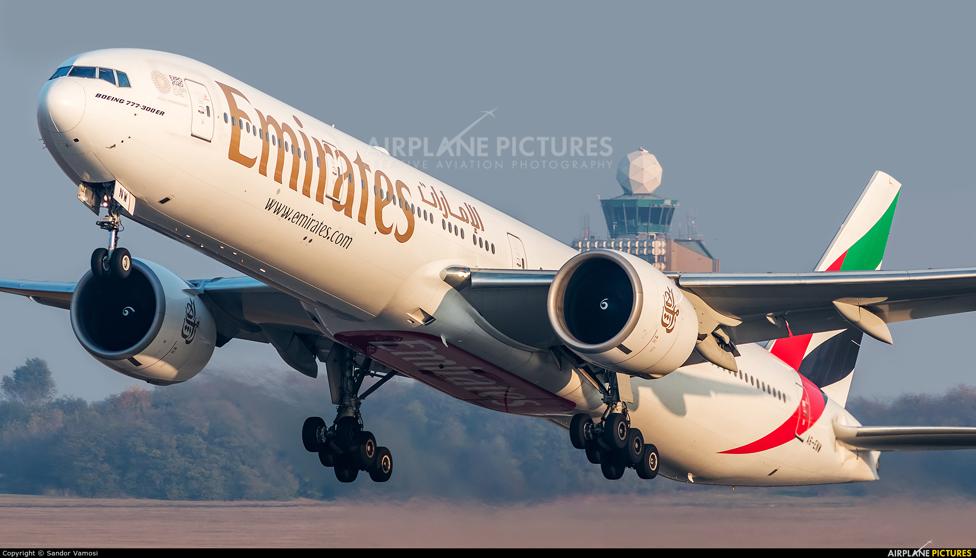 Emirates Airlines A6-ENW aircraft at Budapest Ferenc Liszt International Airport