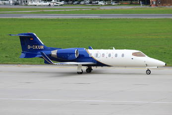 D-CKUM - Private Learjet 31