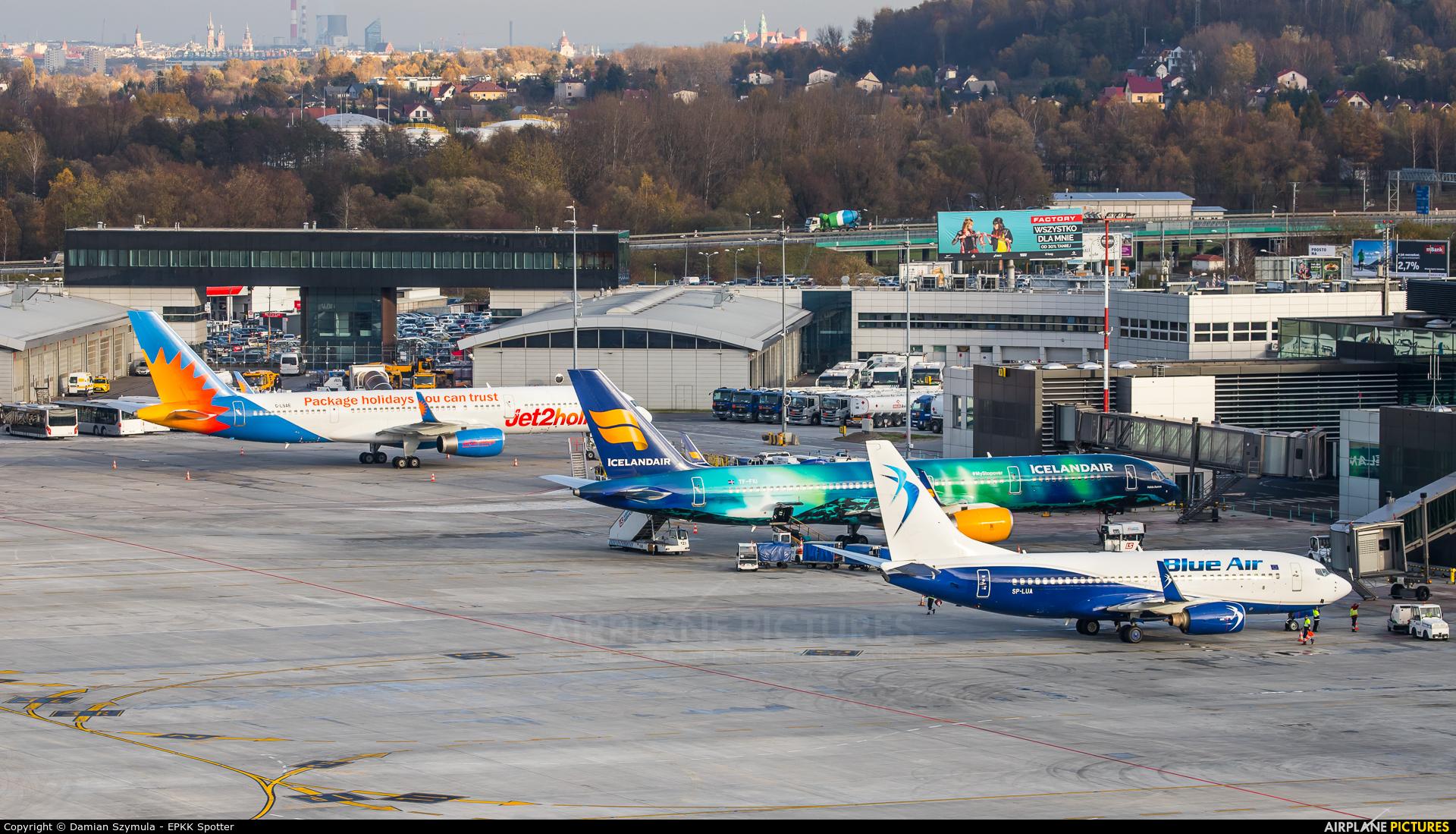- Airport Overview TF-FIU aircraft at Kraków - John Paul II Intl