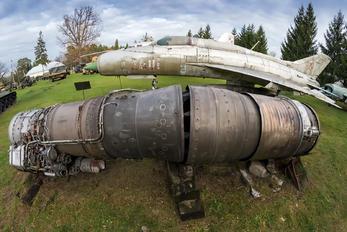 2401 - Poland - Air Force Mikoyan-Gurevich MiG-21PF