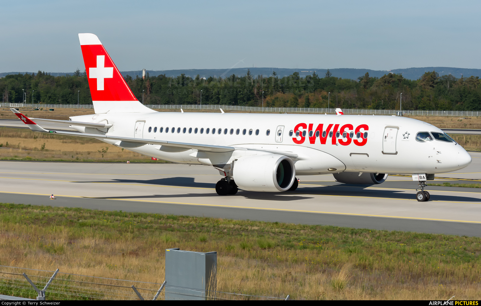 Swiss HB-JBA aircraft at Frankfurt