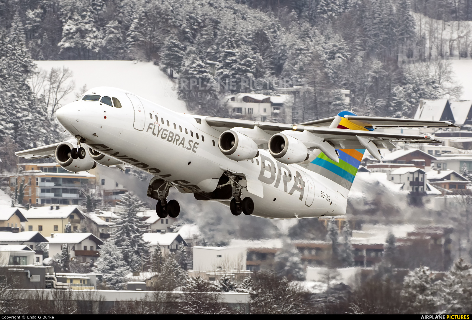 BRA (Sweden) SE-DSR aircraft at Innsbruck