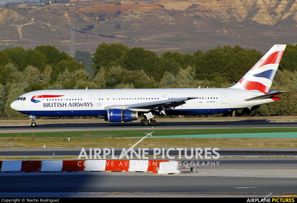 British Airways G-BZHA aircraft at Madrid - Barajas