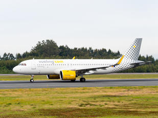 EC-NCT - Vueling Airlines Airbus A320 NEO
