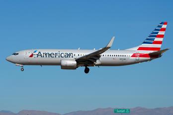 N951NN - American Airlines Boeing 737-800