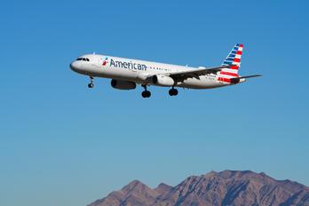 N561UW - American Airlines Airbus A321