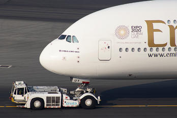 A6-EUY - Emirates Airlines Airbus A380