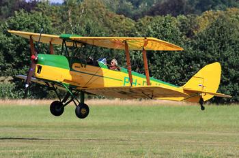 PH-DLK - Private de Havilland DH. 82 Tiger Moth