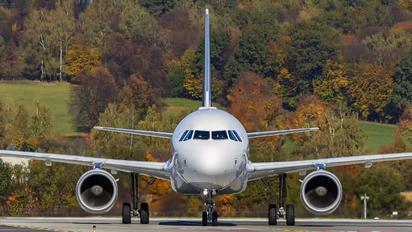D-AIZO - Lufthansa Airbus A320
