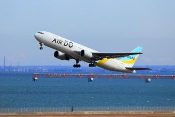 JA601A - Air Do - Hokkaido International Airlines Boeing 767-300