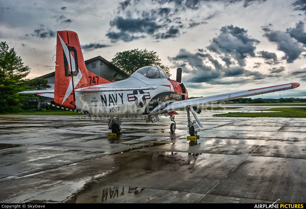 Private N7160C aircraft at Sheboygan County Regional