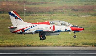 14321 - Bangladesh - Air Force Hongdu K-8E Karakorum