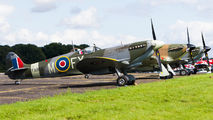 G-PMNF - Private Supermarine Spitfire HF.IX aircraft