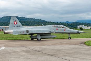 J-3210 - Switzerland - Air Force Northrop F-5F Tiger II