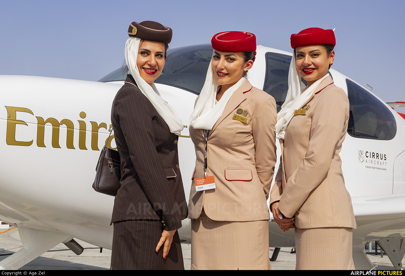 - Aviation Glamour - aircraft at Jebel Ali Al Maktoum Intl
