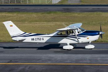 HK-2752-G - Private Cessna 182T Skylane
